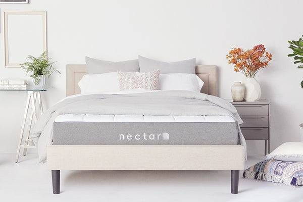 https://media.nectarsleep.com/nectarsleep/mattress/optimal/best-mattress-for-side-sleepers_v2.jpg?auto=webp&width=600