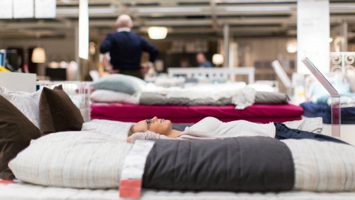 How do I choose a mattress?