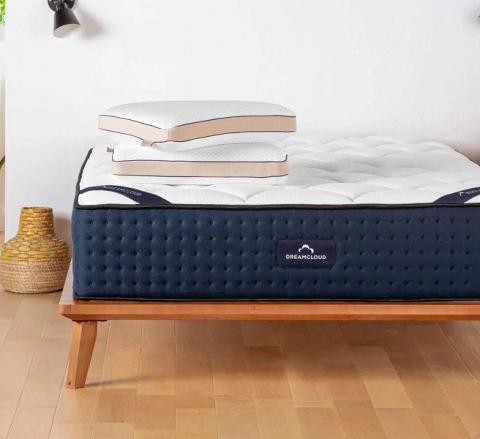 Roll up mattress DreamCloud Mattress