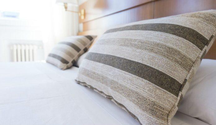 Best Bamboo Memory Foam Pillows Review